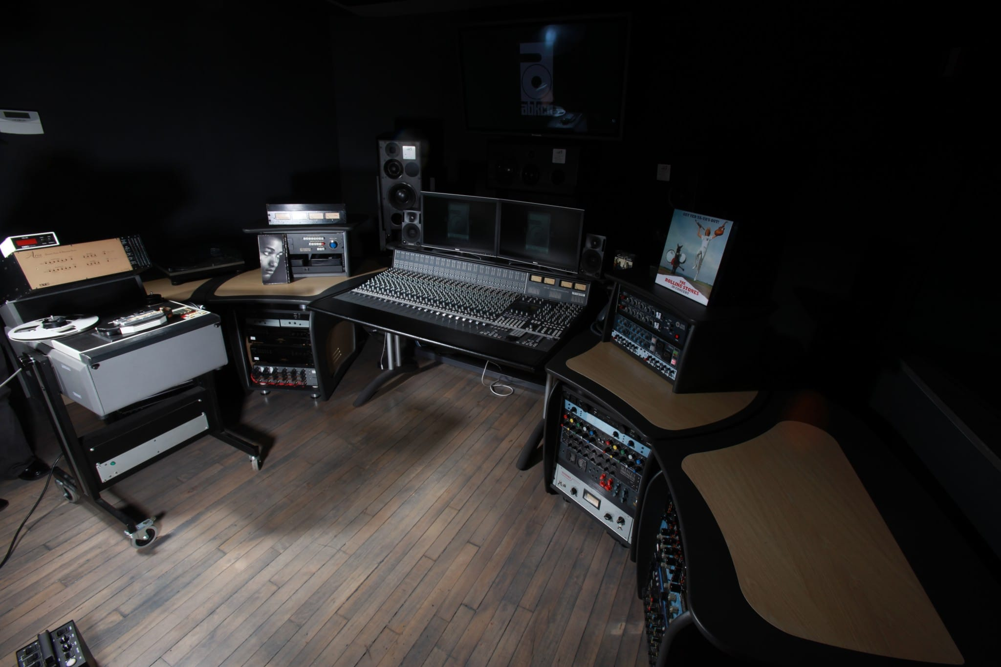 abkco-studio-wide-shot-1