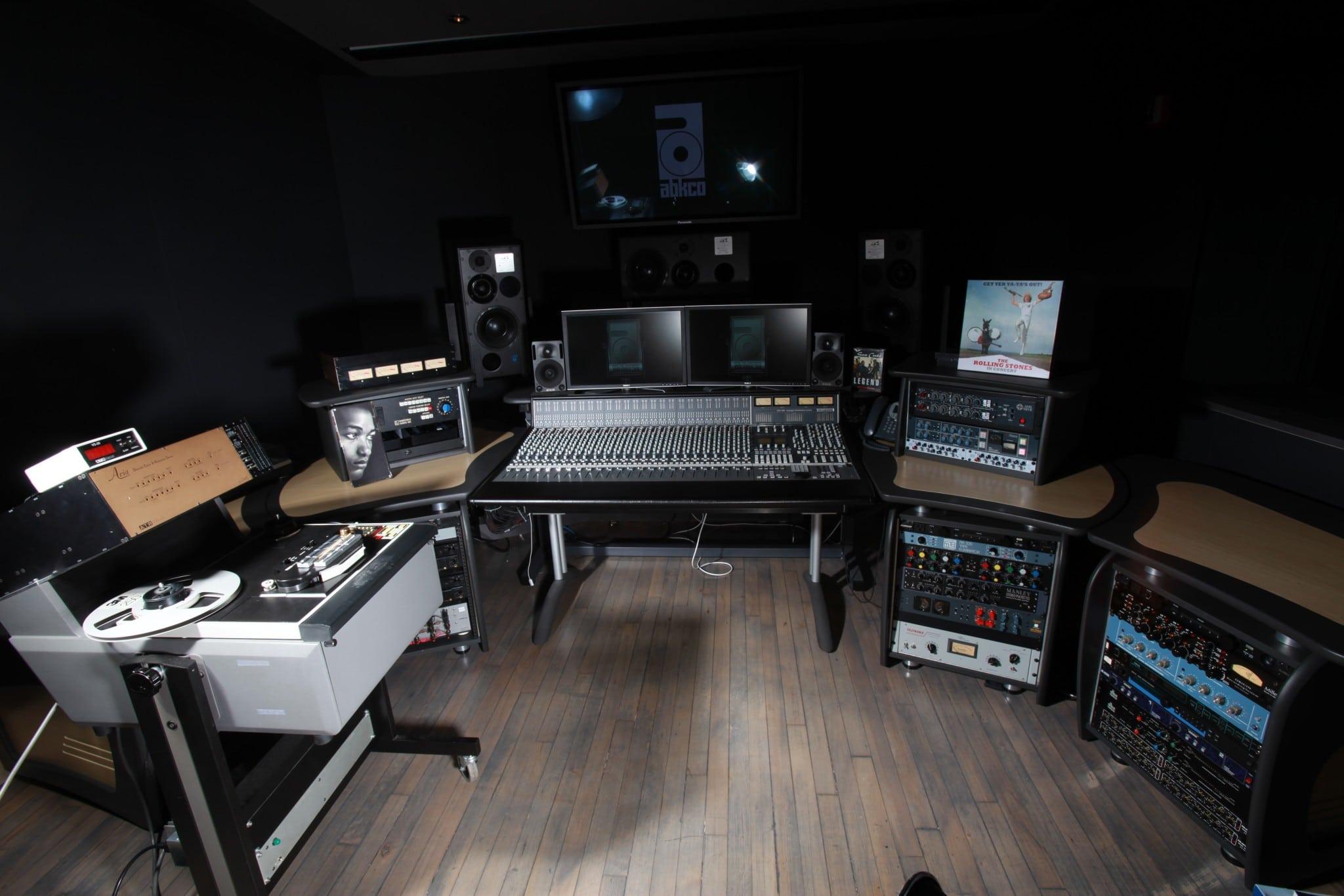 abkco-studio-wide-shot-2
