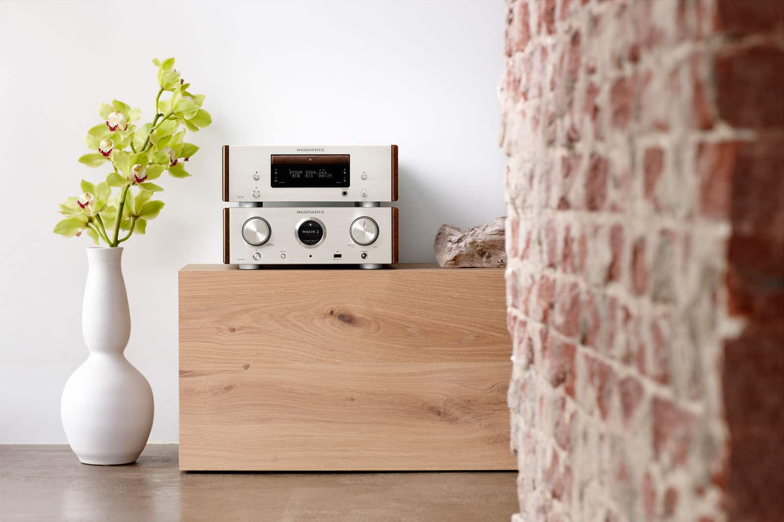 160305-MARANTZ-HD_AMP1-HD_CD1-SG_EU-lifestyle-atmosphere