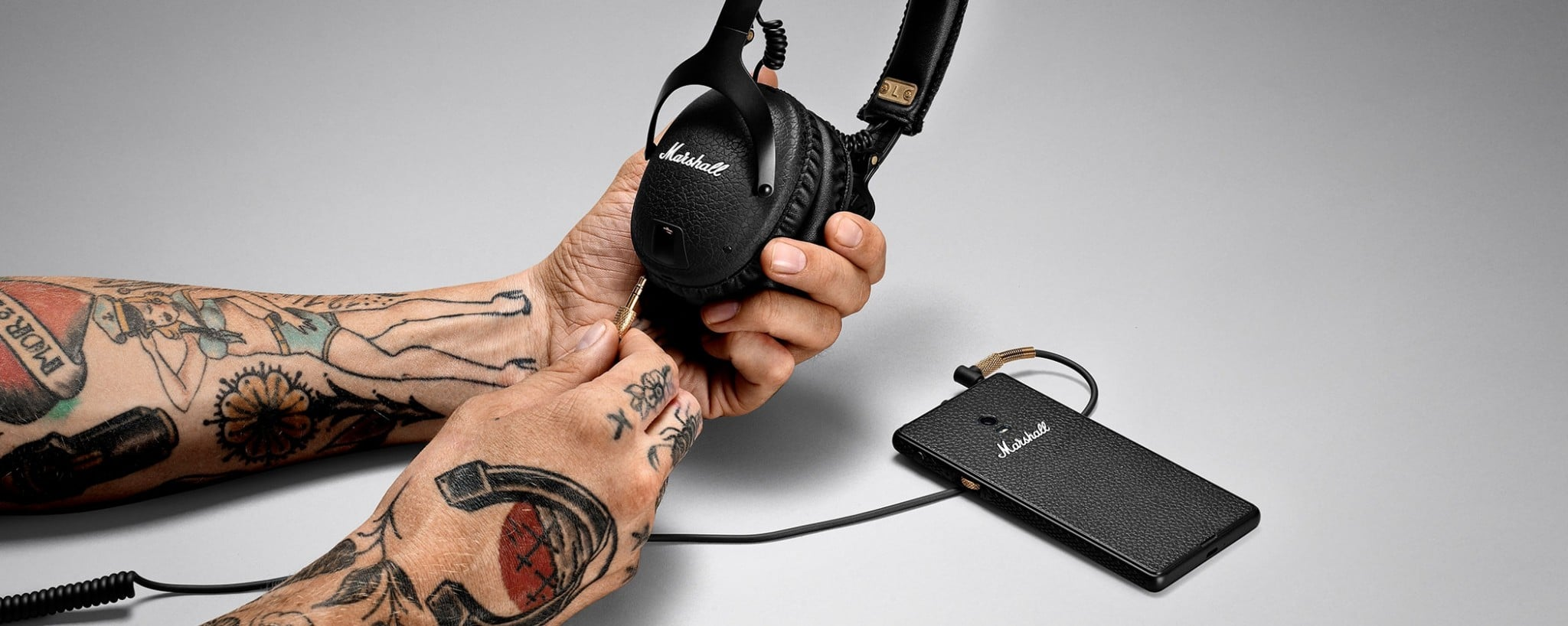 marshall_headphones_slide__monitor_bluetooth__05_3800