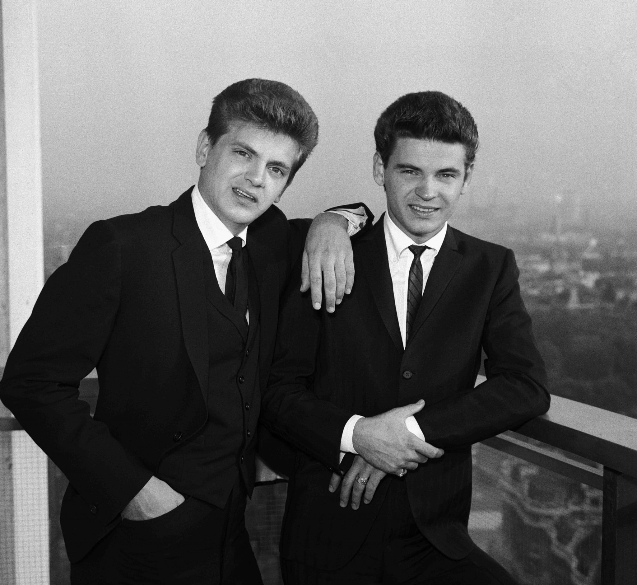 everly-brothers-bw