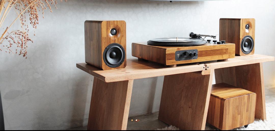 Tt8 Retro Wooden Multi Function Turntable Based System Crowd Funding Soon
