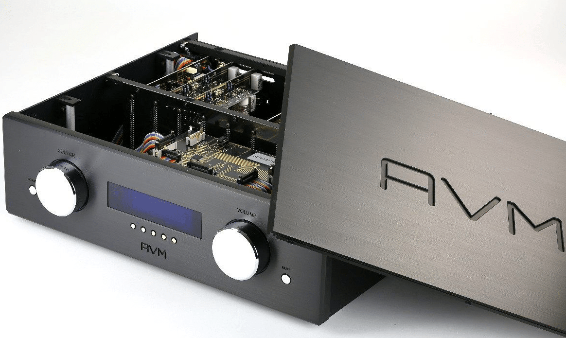 Avm Ovation Pa 82 Flagship Modular Preamp The Audiophile Man Audio Preamplifier All Series Plug In Modules Use Individual Voltage Non Operating Are Automatically Muted So For Example A Digital Card May Be Placed Next