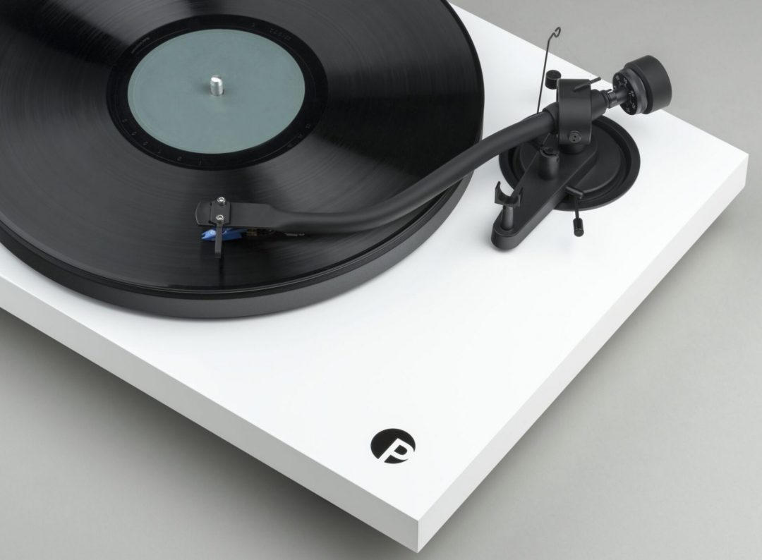 Pro-Ject Debut III S Audiophile: Let's Twist Again - The Audiophile Man