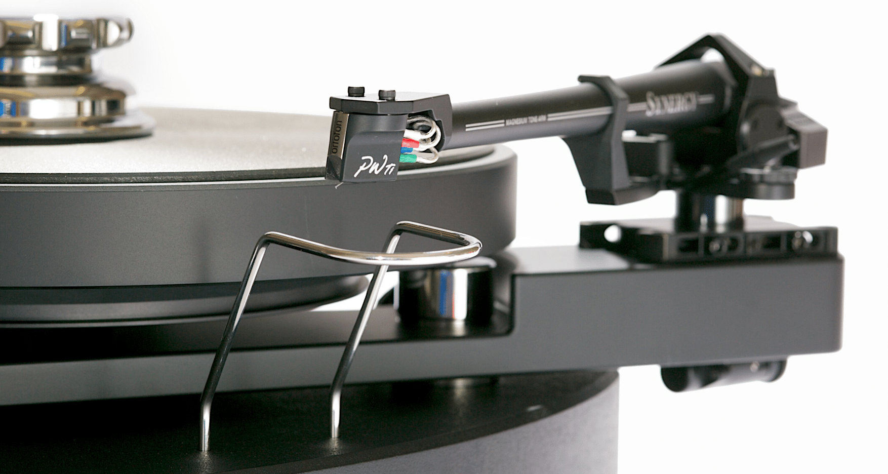 Synergy integrated turntable From SME