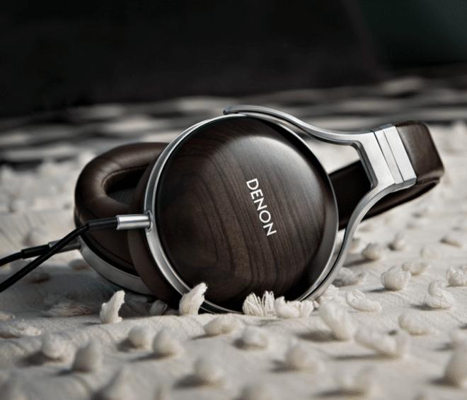 AH-D5200 headphones From Denon