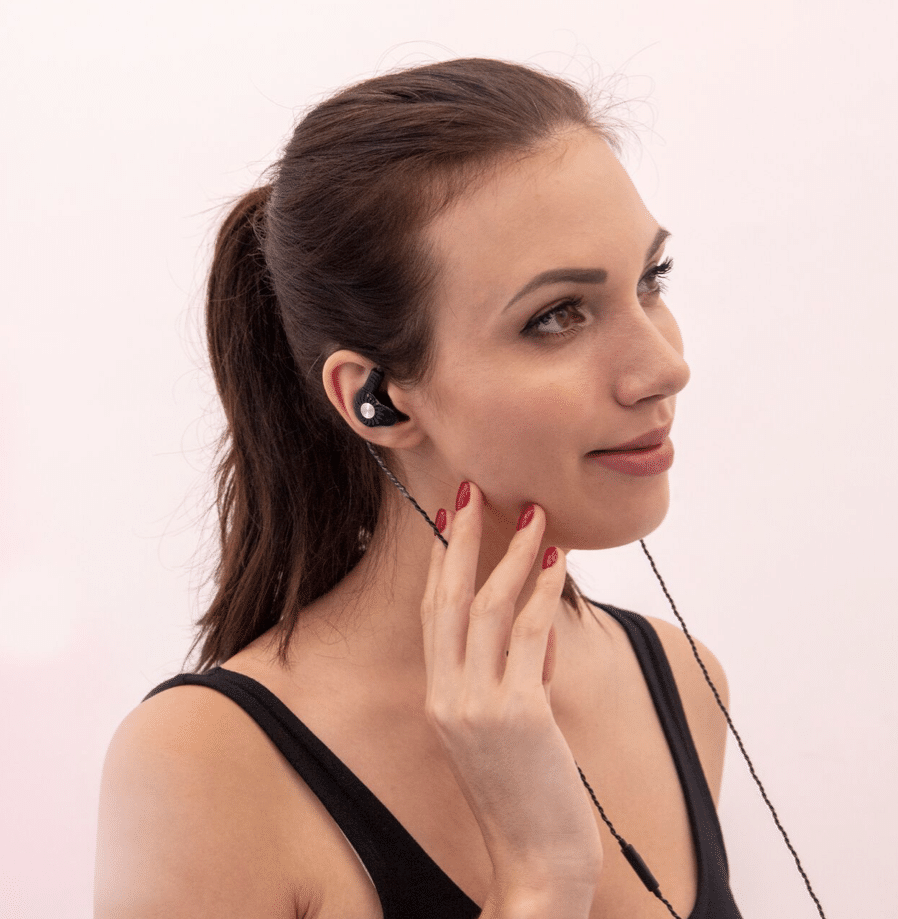 RX8 dual driver in-ear earphones from RevoNext