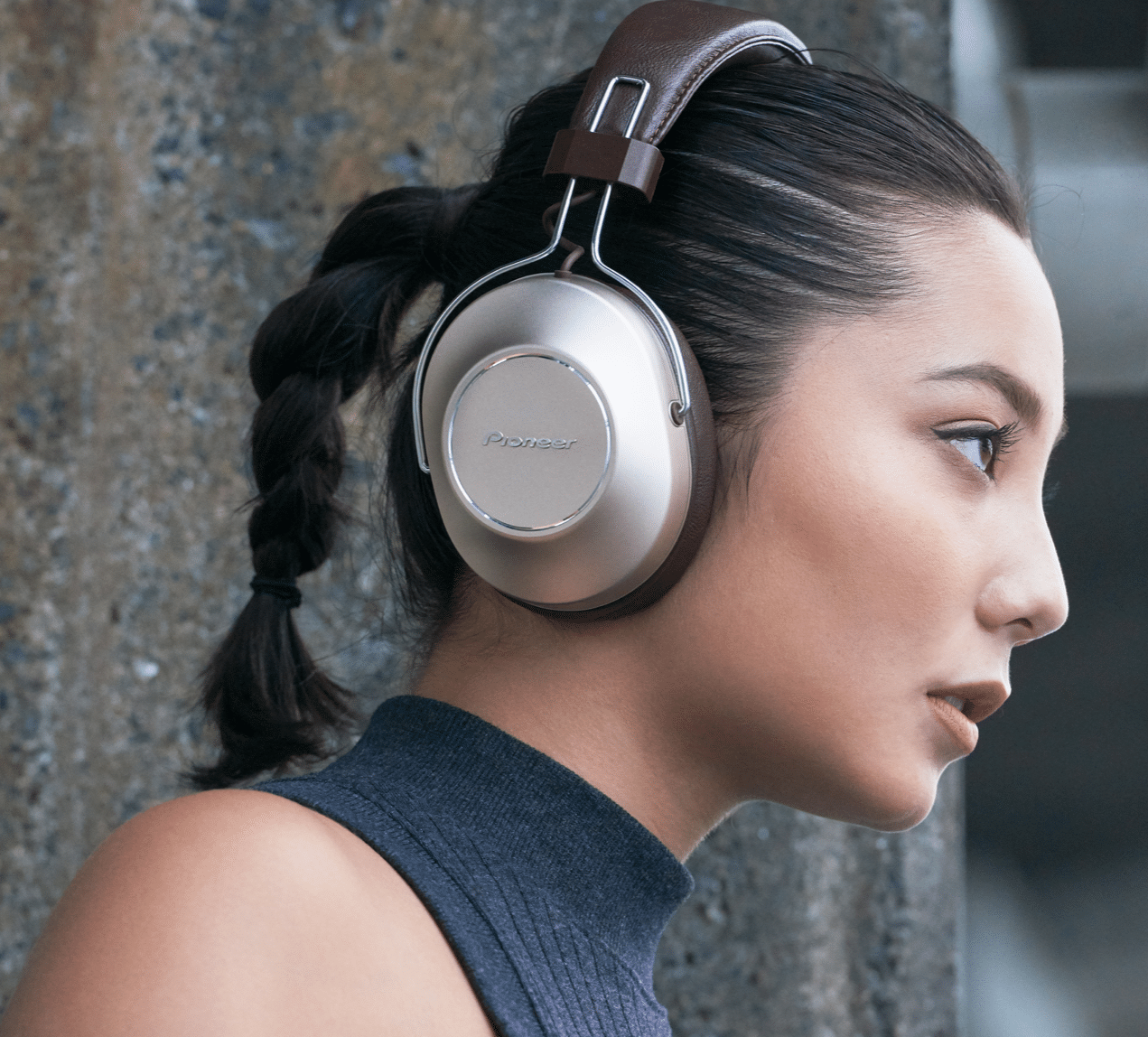 S9 Wireless Noise-Cancelling 'Phones From Pioneer