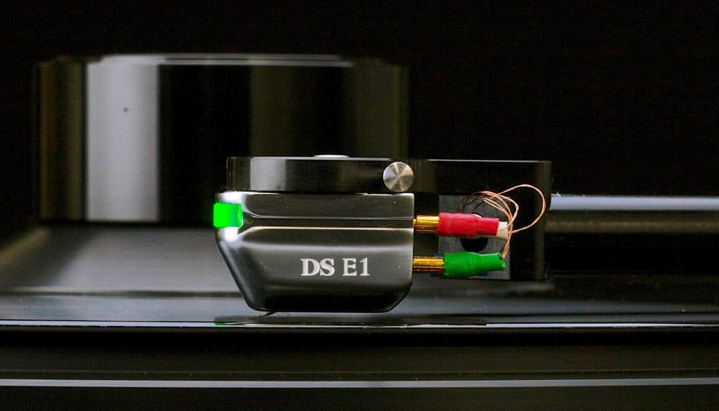 DS-E1 Entry Level From DS Audio - The Audiophile Man