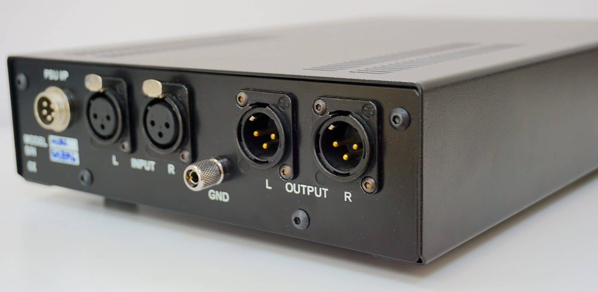 Median Balanced Phono Amp from iota