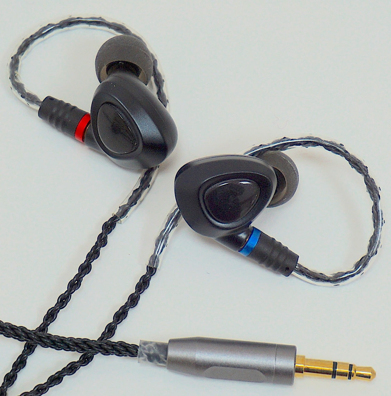 ME100 Earphones From Shanling - The Audiophile Man